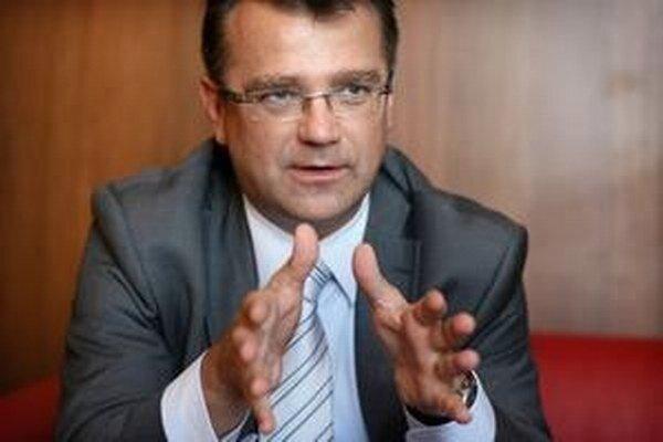 Uhliarik (KDH, SDKÚ) aj Mikuš (nezávislý) kandidujú v nadchádzajúcich voľbách za trnavského župana.