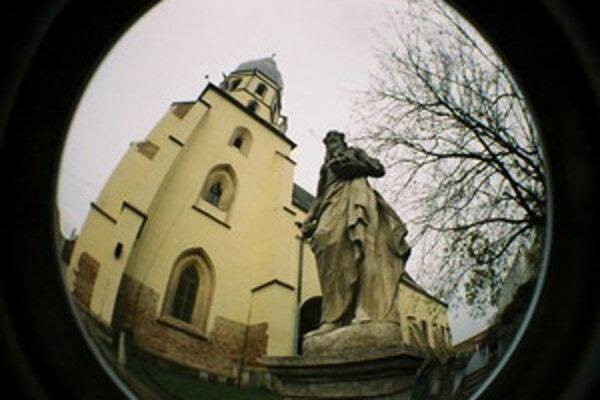 Bazilika sv. Mikuláša v Trnave.