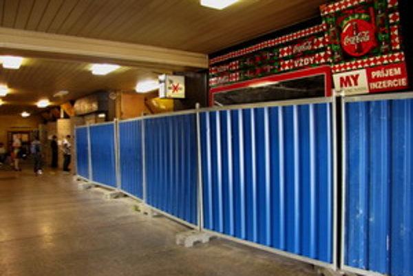 Pre opravu už zrušili všetky prevádzky v priestoroch stanice.