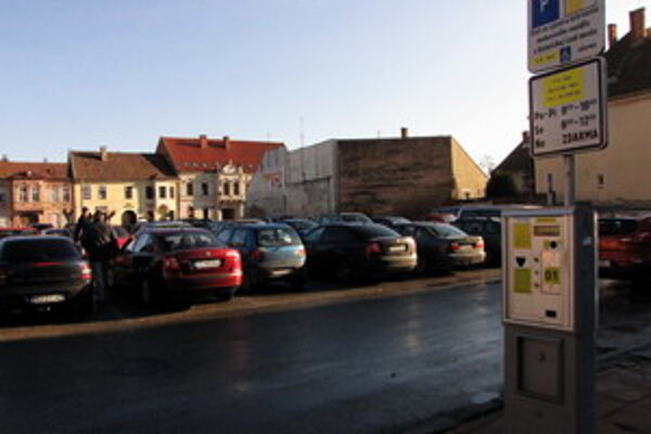 Nové pravidla v parkovaní budú platné od 1. októbra.