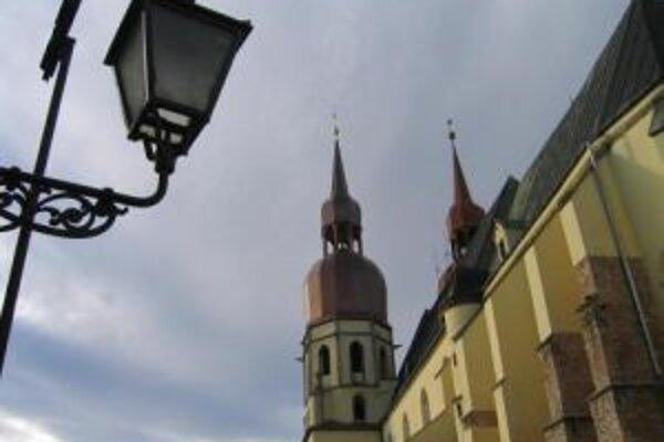 Mesto vypne osvetlenie pamiatok na hodinu.