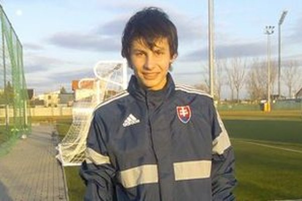 Brankár Dobrivoj Rusov je na lane popredných európskych klubov.