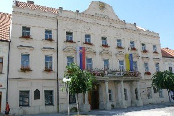 Cena mesta Trnava sa bude udeľovať aj v roku 2010.