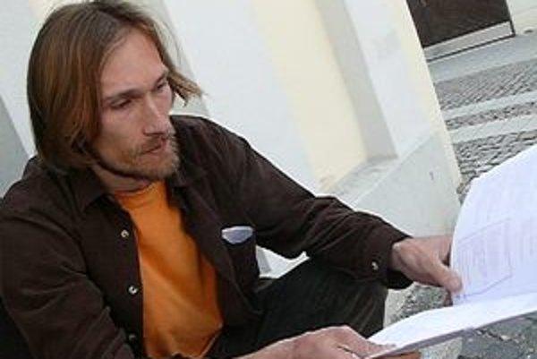 Jeden zo zakladateľov Trnavského literárneho klubu, Andrej Šeliga.