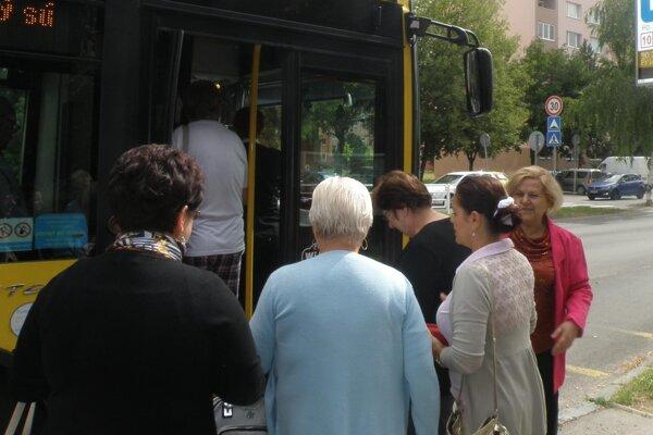 S vodičským preukazom sa budete môcť odviezť v autobuse MHD zadarmo.