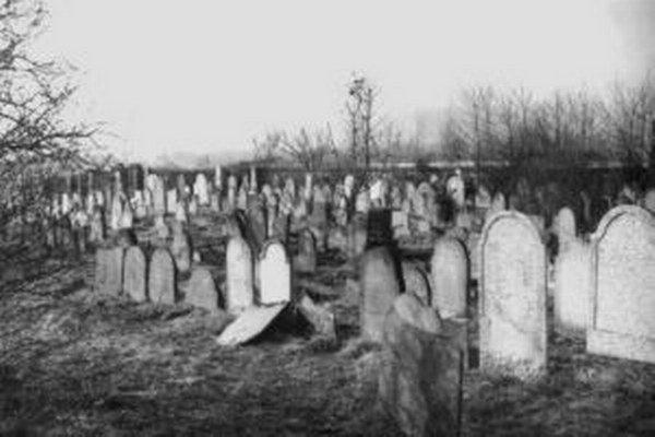Na starom židovskom cintoríne boli tisíce hrobov