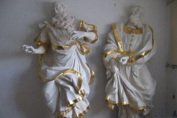 Sochy svätého Petra a Pavla