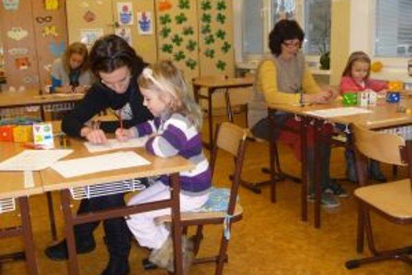 V novomestských základných školách prišlo na zápis 221 detí.