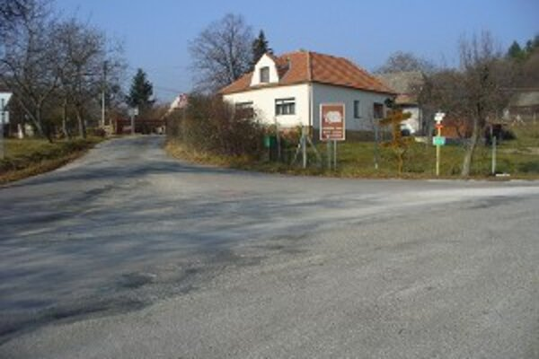 Pri rekonštrukcii opravia aj sedemkilometrový úsek v okolí Veľkej Javoriny.