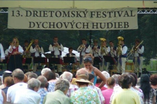 V Drietome sa konal už trinásty ročník festivalu dychových hudieb.