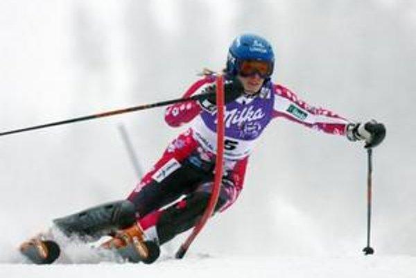 Slovenská zjazdárka Veronika Zuzulová sa kvôli zdravotným problémom opäť predstaví len v slalome.