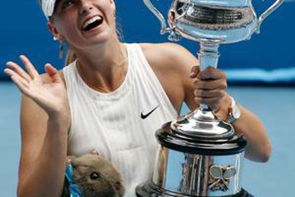 Maria Šarapovová sa odhlásila z prvého grandslamového turnaja sezóny. Minuloročné víťazstvo neobháji.