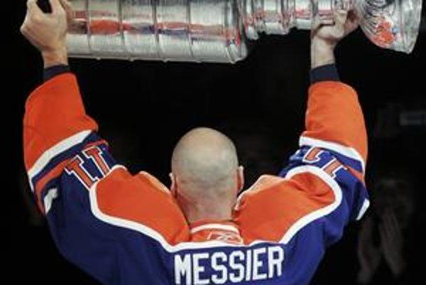 Najlepšie roky strávil Mark Messier v Edmonton Oilers. Tu vyhral päťkrát Stanleyho pohár, raz ako kapitán.