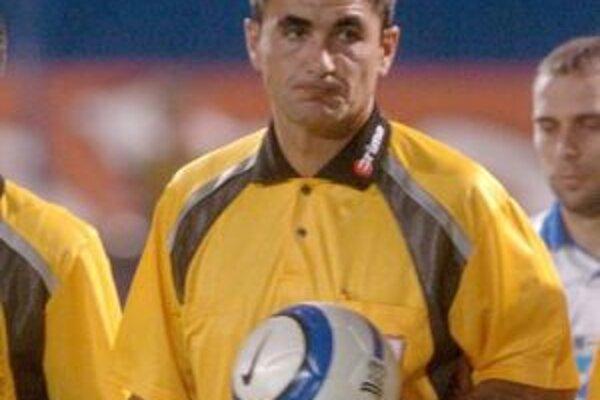 Futbalový rozhodca Vlado Svilokos.