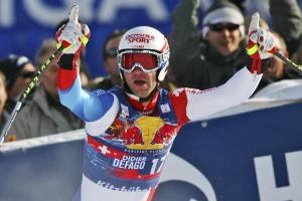 Didier Defago po víťaznom preteku v Kitzbüheli.