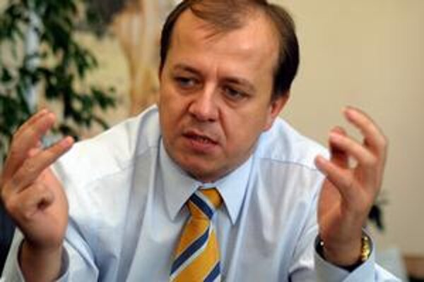 SMER odporúča voliť nezávislého kandidáta Richarda Rybníčka (na archívnej snímke).