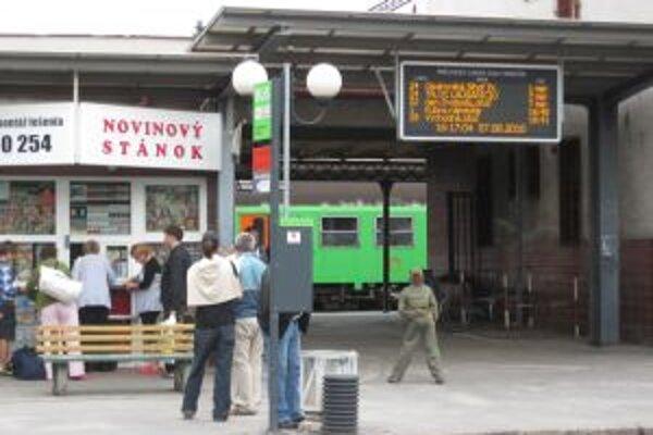Tabuľa je zatiaľ na železničnej stanici a na Hasičskej ulici.