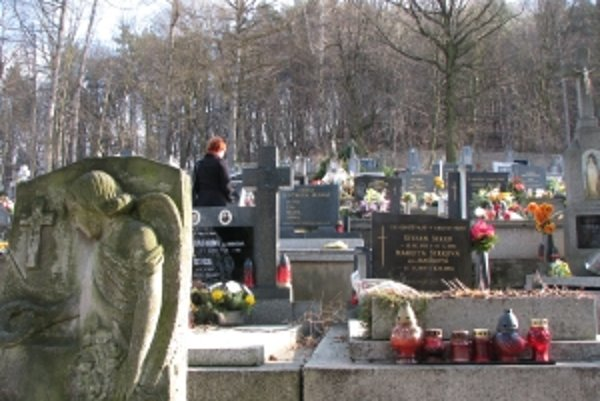 Cintorín v Kubrej mesto plánuje rozširovať