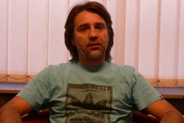 Futbalový tréner Trenčianskej Turnej Róbert Petruš reálne pomýšľa na postup.