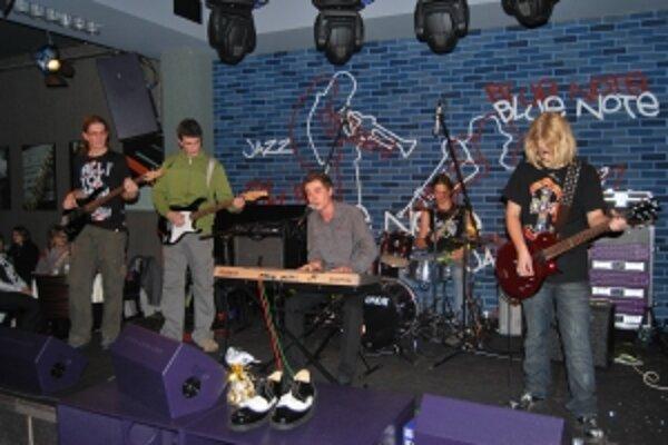 Novomestská kapela Experiment nahrala po polročnom koncertovaní prvý album