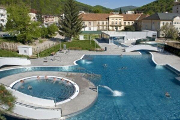 Kúpele rozšírili tento rok ponuku služieb aj o nový bazén Grand.