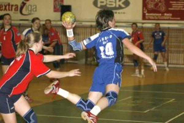 Slovenské tímy sa chystajú na vystúpenia v európskych pohároch.