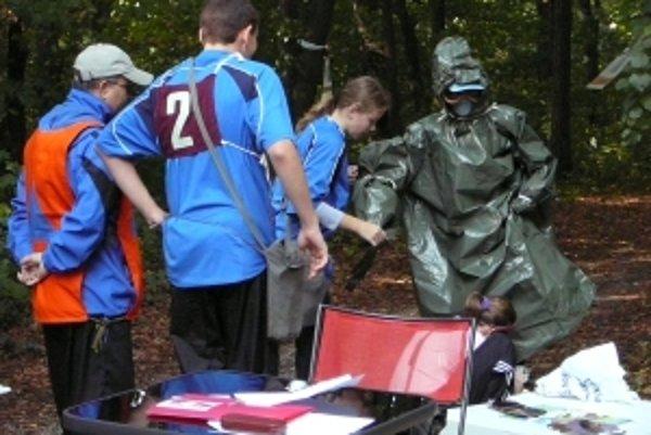 Na súťaži mladých záchranárov civilnej ochrany.