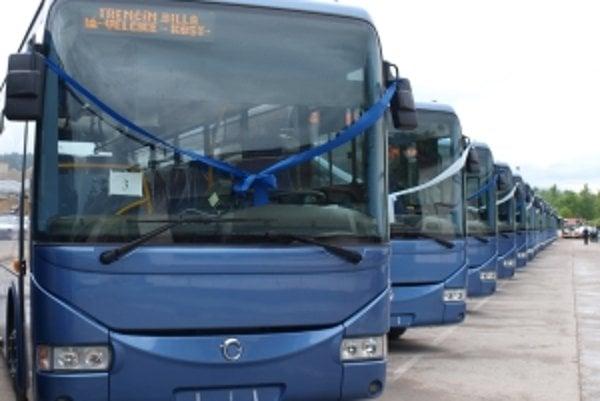 Nové autobusy začnú jazdiť najskôr na konci budúceho týždňa.