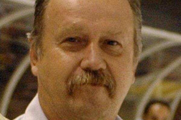 Ivan Piovarči.