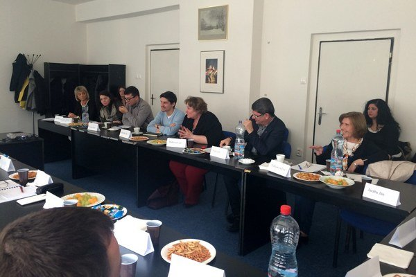 Diskutovali zástupcovia verejných a súkromných inštitúcií, ktoré sa venujú vzdelávaniu.