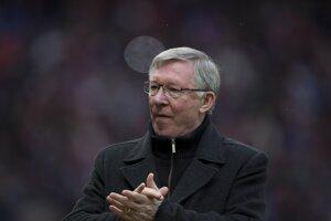 Ferguson tlieska po zápase Premier League proti Readingu na Old Trafforde v marci 2013. FOTO - SITA/AP