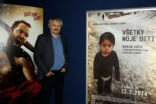 Režisér filmu Všetky moje deti Ladislav Kaboš.