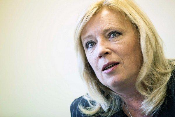 Bývala premiérka Iveta Radičová kritizuje nový zákon o hmotnej núdzi.