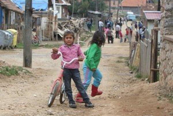 Bicykel pešo nepredbehnete. Nie každý má rovnaké šance.