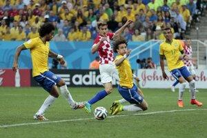 Marcelo si takto dáva vlastný gól.