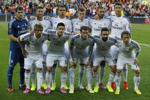 Hráči Realu pred nástupom na zápas.