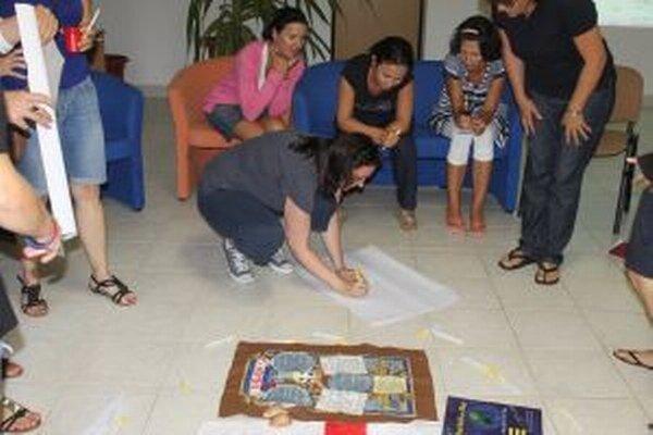 V Čadci sa udomácnilo tridsať učiteľov angličtiny z desiatich krajín Strednej Európy, Grécka, Veľkej Británie i Indie.