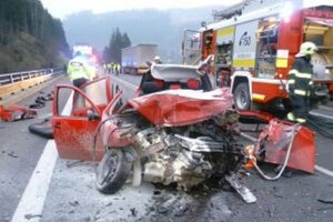 Nehoda skončila smrťou vodiča Fabie.