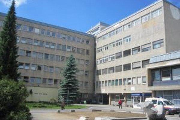V Kysuckej nemocnici v Čadci sú pripravení pomôcť žilinskej nemocnici. Na oddelení anestézie a intenzívnej medicíny vyčlenili jedno lôžko.