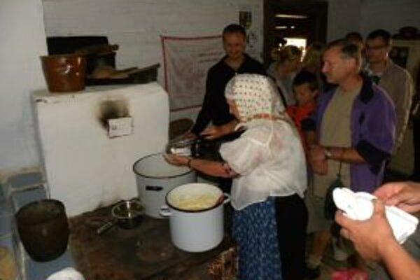 Medzi najobľúbenejšie podujatia Múzea kysuckej dediny Nová Bystrica - Vychylovka patrí  podujatie s názvom Kuchyňa starých materí.