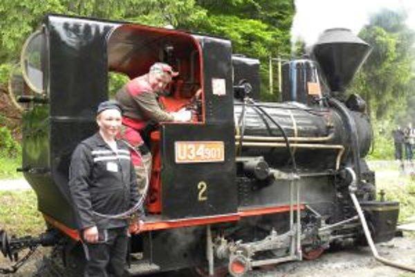Veľkým lákadlom pre návštevníkov je Historická lesná úvraťová železnička.