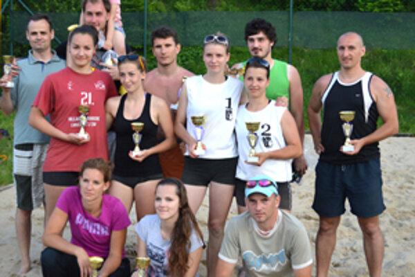 Medailisti sobotňajšieho turnaja sa okrem krásnych cien môžu tešiť i z dôležitých bodov v boji o finále.