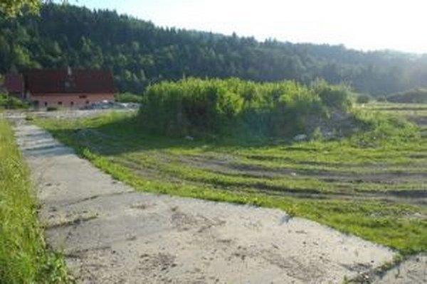 V Zborove nad Bystricou sa rozhodli využiť pozemok, na ktorom stála stará materská škola, na výstavbu zariadenia pre seniorov.