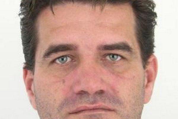 Polícia pátra po 41-ročnom  Jozefovi Machovčákovi zo Staškova.