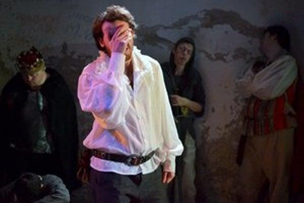 J. H. Mikuš ako Hamlet