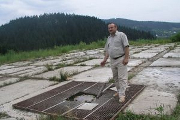 Starosta Jozef Kontrík (na snímke) hovorí, že vrt zlikvidovali a o novom sa neuvažuje.