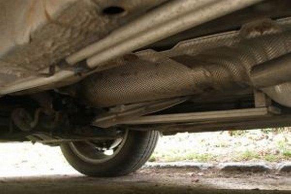 Dvojica zlodejov kradla katalyzátory z motorových vozidiel v okresoch Žilina, Martin a Čadca.