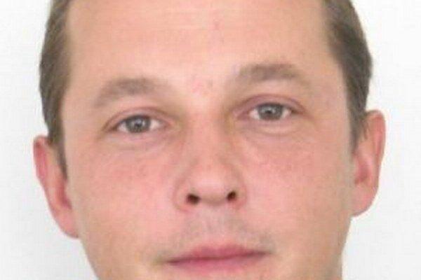 Muž je nezvestný od 30. decembra 2013, kedy odišiel z miesta svojho bydliska.