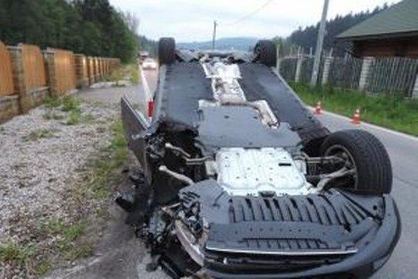 Okolnosti nehody sú predmetom ďalšieho vyšetrovania.  (IH)