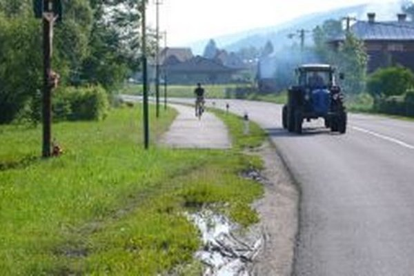 Obec nemôže dokončiť chodník, musí čakať na výsledok odvolacieho konania.